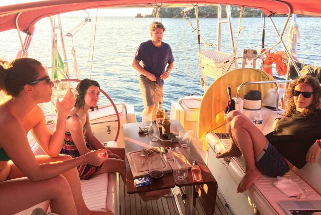 Crociere barca a vela Sun Odyssey 51 - sotto coperta 2